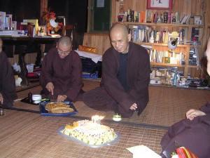Cumpleaños 89 de Thich Nhat Hanh.